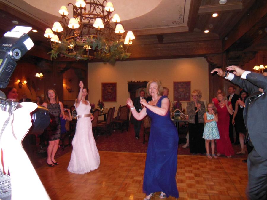 Game Creek Lodge Weddings, Wedding Venues in Colorado, Deja Blu Band ...