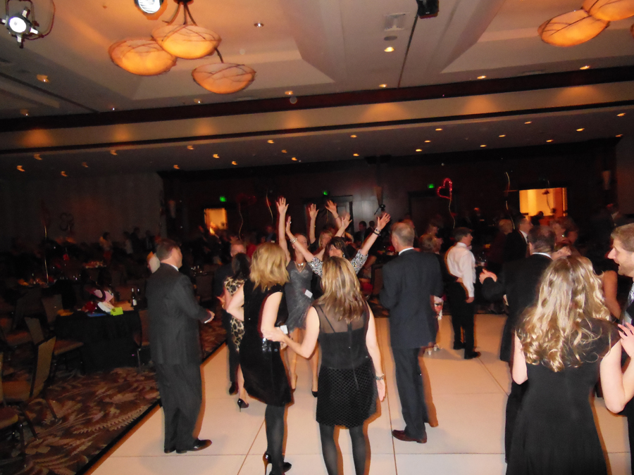 corporate-live-music-dance-floor-grand-hyatt-hotel