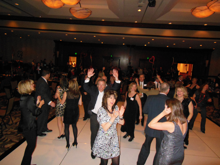 dancers-have-fun-grand-ballroom-hyatt-hotel