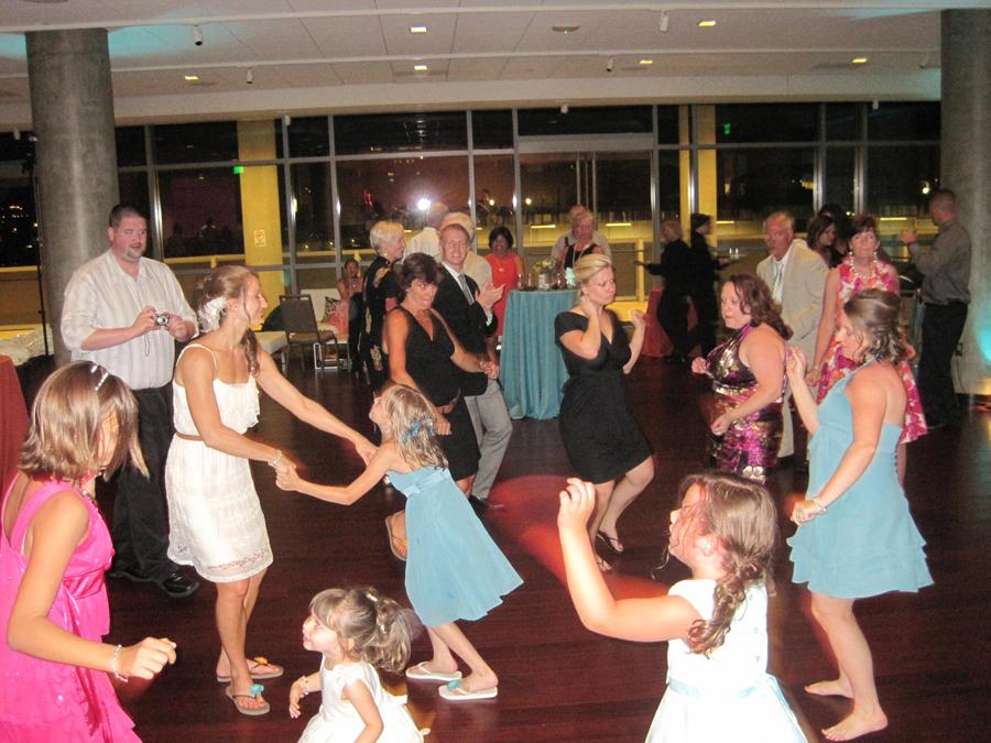 bride's-family-dancing-