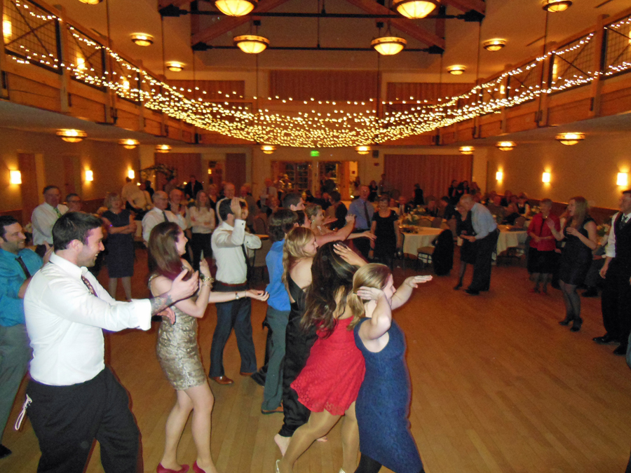 silverthorne-wedding-dance-band-deja-blu