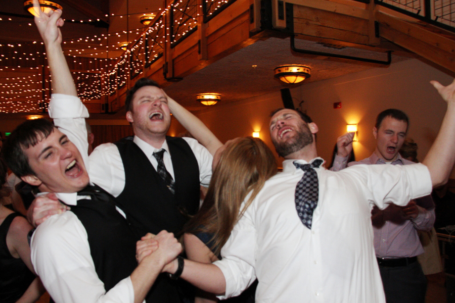 wedding-dance-band-silverthorne-pavilion-colorado