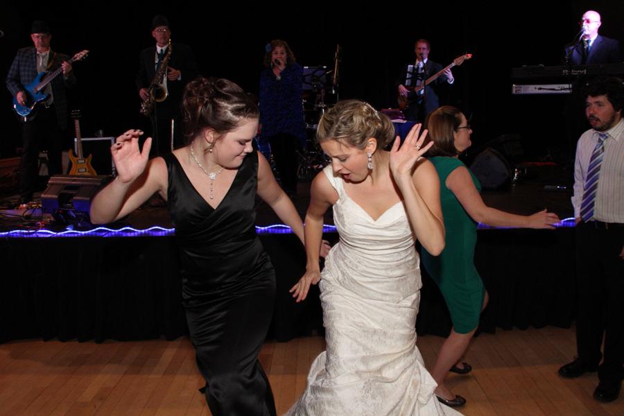Deja Blu Silverthorne Pavilion Wedding Dance Band