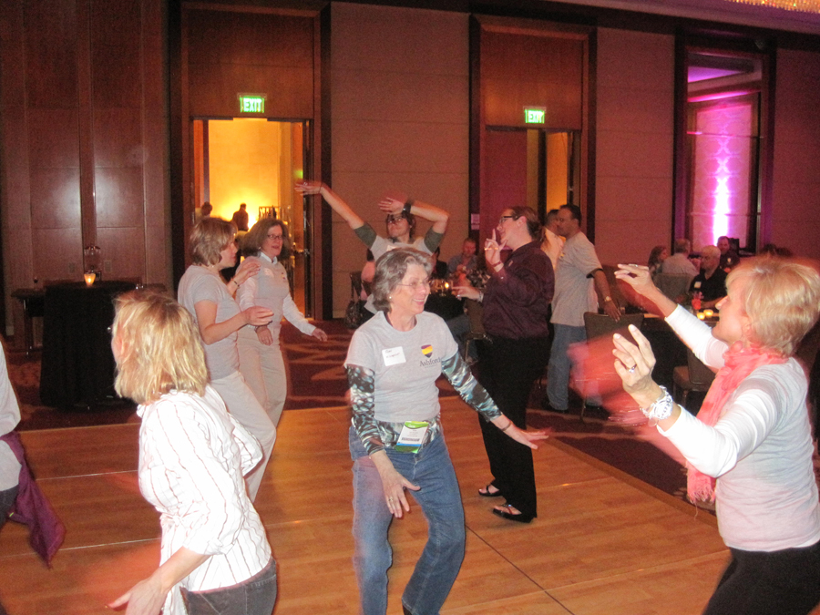 dancing-deja-blu-denver-dance-band