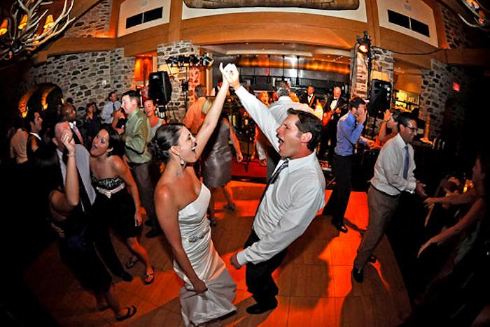 Bride Groom Hand Cheer