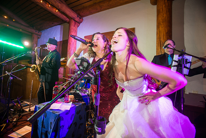 Deja Blu Variety Dance Band Specializes In Weddings Let Us Give You A Night That Will Be Remembered For Years To Come